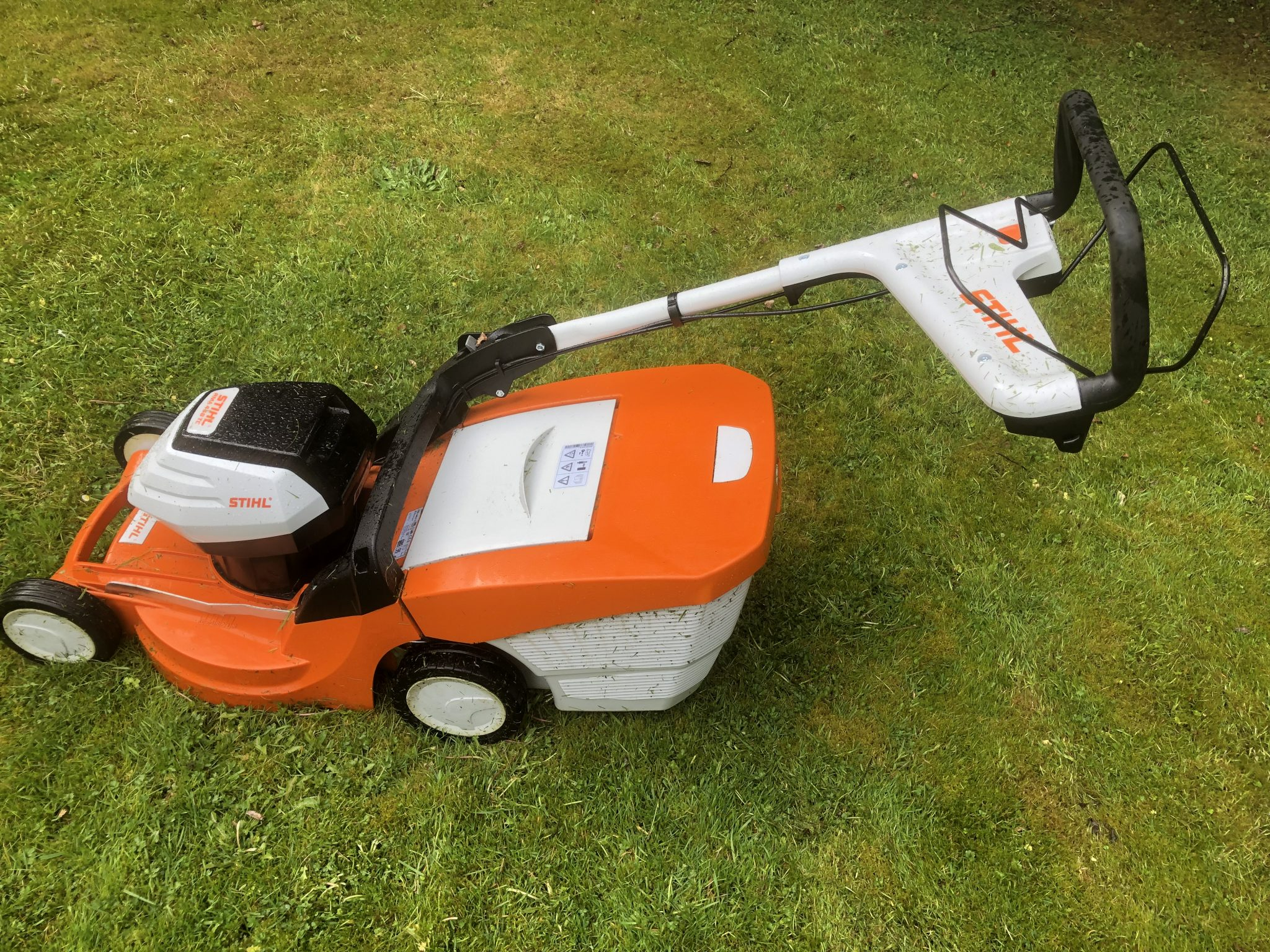 Stihl RMA 448 TC – battery mower review